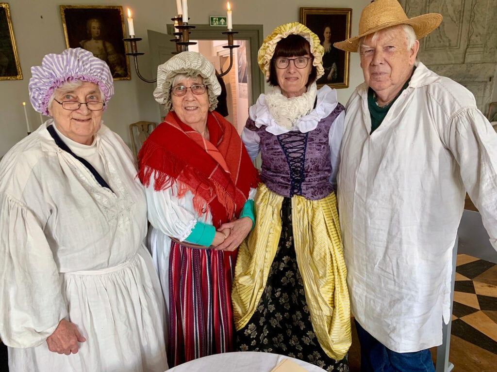 Pipergruppen är vi som arbetat med breven i Christina Pipers arkiv: Britt Paulsén, Kerstin Boström, Susanne Dorff och Nils Freij.